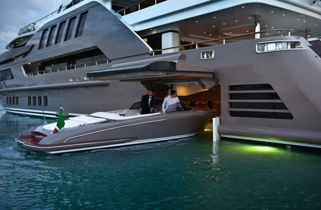Superyacht Jade by CRN