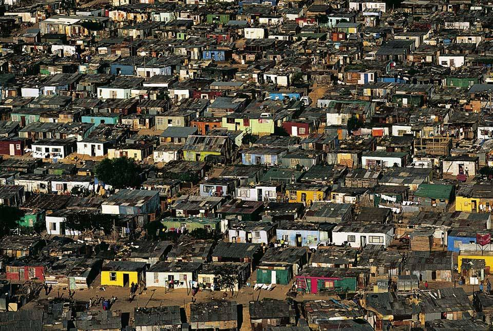 Suburbs - Cape Town - South Africa - Subúrbio -Cape Town - África do Sul
